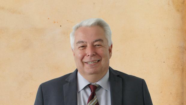 Am 2. Januar 2017 tritt Wolfgang Colloseus die Nachfolge des ausscheidenden Geschäftsführers Michael Spiess in der Systemzentrale von Baustoffring EMV-Profi an.