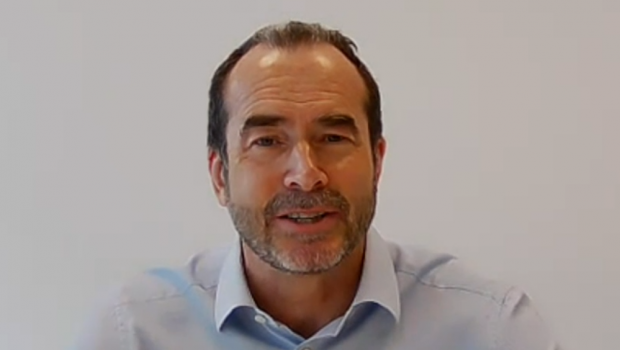 """Der frühere Carrefour-Manager Thierry Garnier ist seit September 2019 CEO von Kingfisher, der zweitgrößten DIY-Handelsgruppe in Europa. Jetzt war er Gast in der Reihe """"Meet the CEO"""" des Global DIY-Network."""