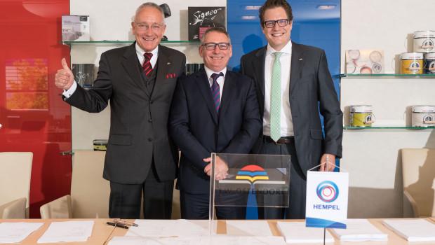 Im Bild v. l.: Michael Ostendorf, Joe Devitt und Jan Ostendorf.