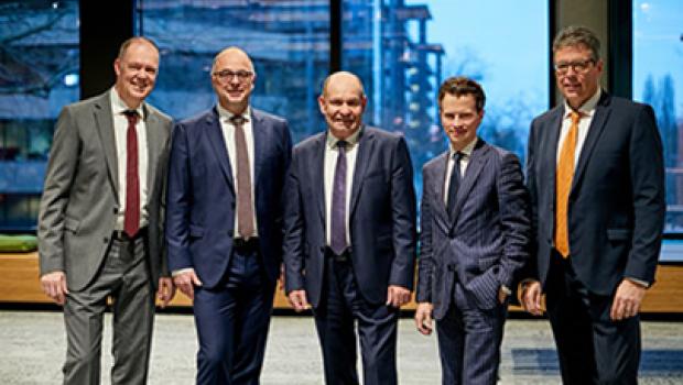 Isover und Rigips mit neuer Vertriebsstruktur und Veränderung im Produktmanagement: (v. l. n. r.) Andreas Müller, Andreas Heidrich, Michael Schäfer,  Markus Rehm und Stefan Rosemann.