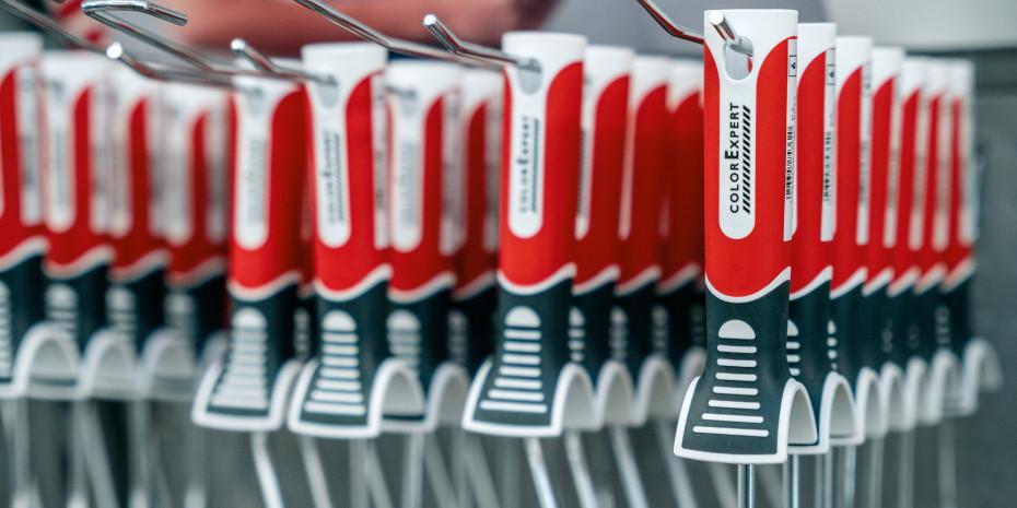 Die Griffe der neuen Werkzeuge wollen sowohl mit Ergonomie, einfacher Handhabung, als auch mit einer nachhaltigeren Produktionsweise überzeugen.