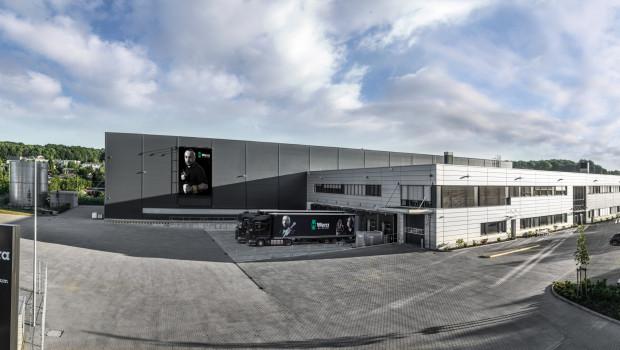 Das neue Logistikzentrum von Wera wurde auf einem 20.000 m² großen Grundstück in Wuppertal errichtet und dient als Umschlagplatz für die weltweite Versorgung mit Schraubwerkzeugen.