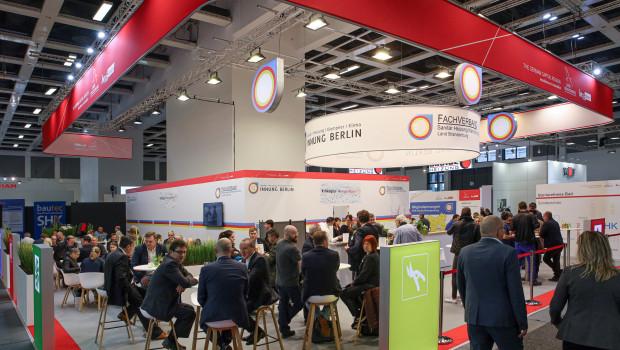 Blick auf den Gemeinschaftsstand der Innung SHK Berlin und des Fachverbandes SHK Brandenburg im Rahmen der Bautec 2020.