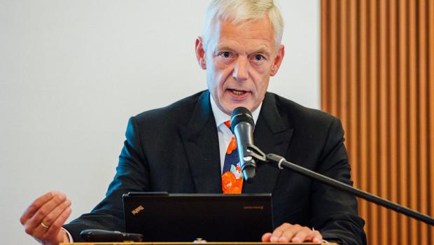 Dirk-Uwe Klaas ist nicht mehr Hauptgeschäftsführer der Verbände der deutschen Holz-, Möbel- und Fertigbauindustrie.