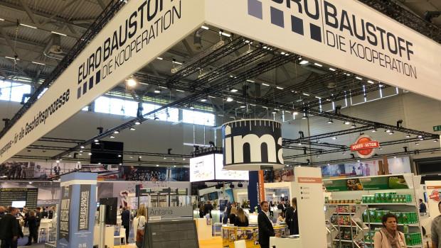 Zahlreiche Besucher kommen in diesem Jahr erneut zum Eurobaustoff-Forum nach Köln.