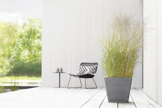 Die Pflanzgefäße machen sowohl indoor als auch outdoor eine gute Figur, betont er Hersteller.