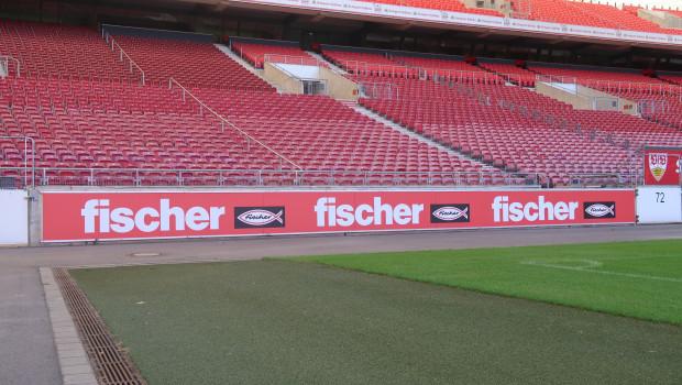 Die Unternehmensgruppe Fischer zeigt sich in der kommenden Saison in der Mercedes-Benz Arena des VfB Stuttgart unter anderem wieder mit Bandenwerbung.