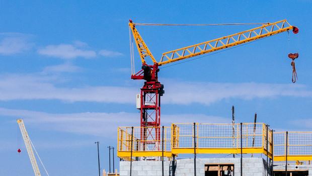 Mit dem Wohnungsbau geht es wieder aufwärts. Doch die Branche hat weiterhin mit der Materialknappheit zu kämpfen.