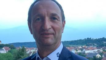 Thomas Kramer spricht für Erdenhersteller im IVG