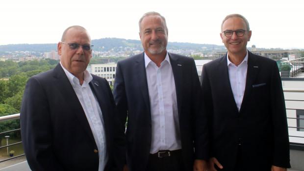 Zufrieden in Bad Nauheim: Die Geschäftsführung der Eurobaustoff (v. l.: Jörg Hoffmann, Dr. Eckard Kern und Hartmut Möller) gab gestern die Zahlen für das erste Halbjahr 2020 bekannt.