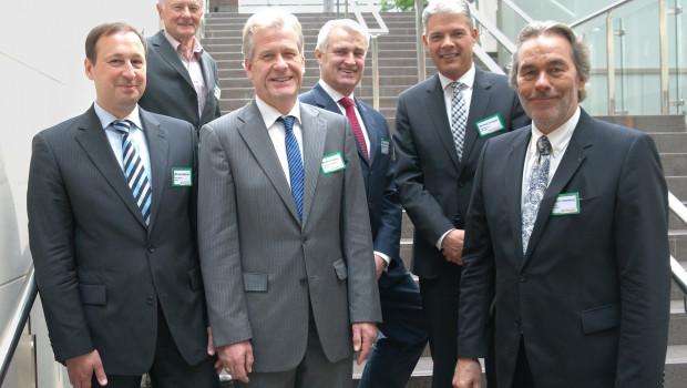 Die Gesellschafter der deutschen und österreichischen Hagebaumärkte wählten Burkhard von Fritsch neu in ihren Franchisenehmerbeirat (v. l.): Michael Batzner, Dr. Siegfried Egger, Dr. Martin Creutzig, Burkhard von Fritsch, Michael Knüppel und Martin Oelenberg.