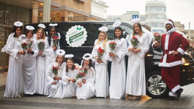 Und siehe, eine große Schar Engel kam in den Kölner Berufsverkehr und brachte den Menschen Weihnachtssterne und große Freude.