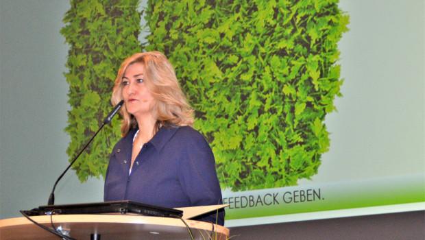 Die VDG-Vorsitzende Martina Mensing-Meckelburg berichtete im Rahmen der VDG-Wintertagung von einem Umsatzplus der Gartencenter insbesondere durch Pflanzen.