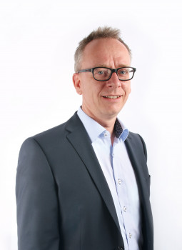 Dirk Hindemith verstärkt als Key Accounter Sanitop-Wingenroth.
