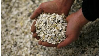 Bukatchi führt Recycling von Gartenmöbeln ein