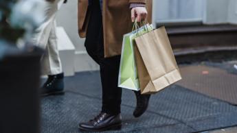 Verbraucherstimmung sinkt nur geringfügig, Anschaffungsneigung steigt