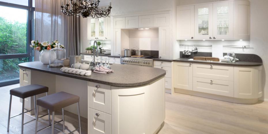 In den letzten Jahren waren bei Küchen vor allem Funktionalität und Materialien die bestimmenden Themen.