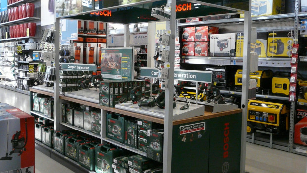 In den nächstgelegenen Baumarkt oder zu einer Händler-Website statt in den eigenen Shop verlinken die meisten Herstellermarken.