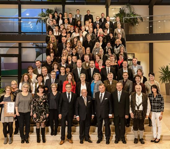 In diesem Jahr hat Dehner 135 Jubilare für ihre langjährige Betriebszugehörigkeit geehrt.
