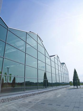 Vario Plus, das Niedrigenergie-Gartencenter von Kräss: Nachhaltigkeit rechnet sich wirklich.