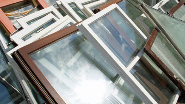 Zwei Verbände aktualisierten die Fensterstudie ( Bild: lichtkunst73, pixelio).