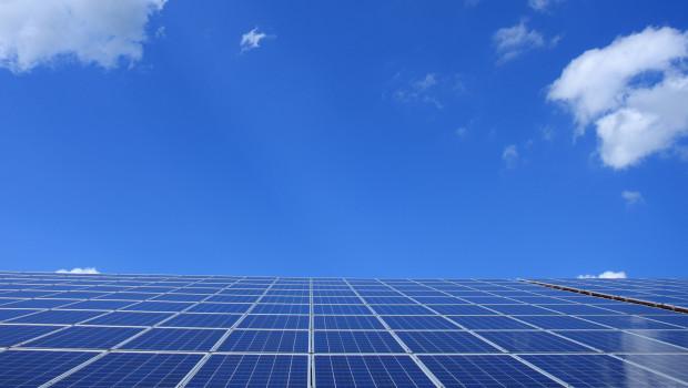Solarenergie, Elektromobilität und Co.: Die Kampagne informiert Einzelhändler, wie sie sich für den Klimaschutz einsetzen können.