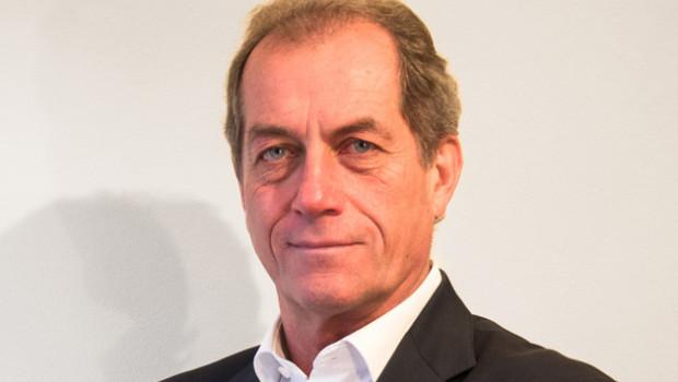 Jochen Kürschner war Geschäftsbereichsleiter und Vertriebschef der Leifheit AG, Geschäftsführer bei Wenko und Bereichsleiter Marketing/Vertrieb bei Alfi.