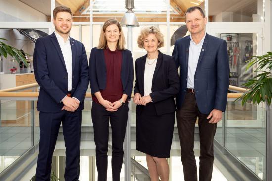 Mittlerweile leiten die dritte und vierte Generation das Unternehmen (v. l.): Martin Würflingsdobler, Ulrike Kinder, Margit Würflingsdobler sowie Hermann Würflingsdobler.