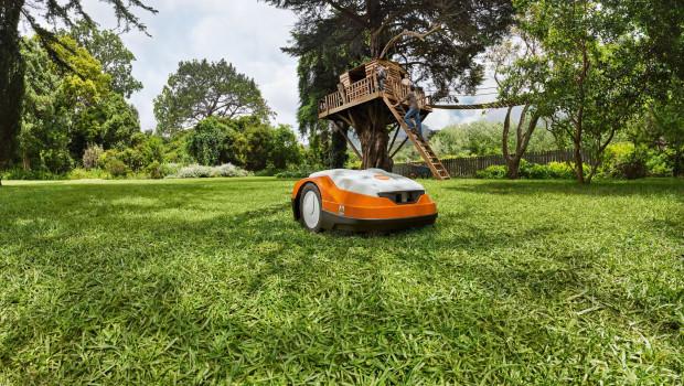 Im vergangenen Jahr verbrachten viele Menschen mehr Zeit im eigenen Heim und Garten. Das wirkte sich positiv auf die Umsätze von Stihl aus.