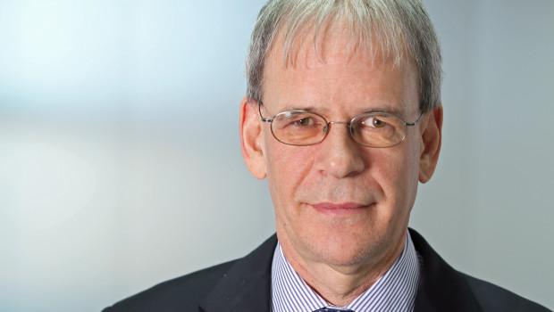 Albrecht Hornbach ist für weitere fünf Jahre Mitglied und Vorsitzender des Vorstands der Hornbach Management AG.