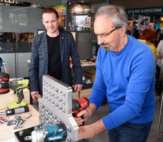 Im Testcenter können die Kunden die Produkte ausprobieren.