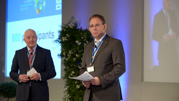 Die Fediyma- und Edra-Geschäftsführer Ralf Rahmede (r.) und John Herbert - hier beim Summit in Rom - arbeiten mit ihren Teams bereits am Kongress in Madrid.