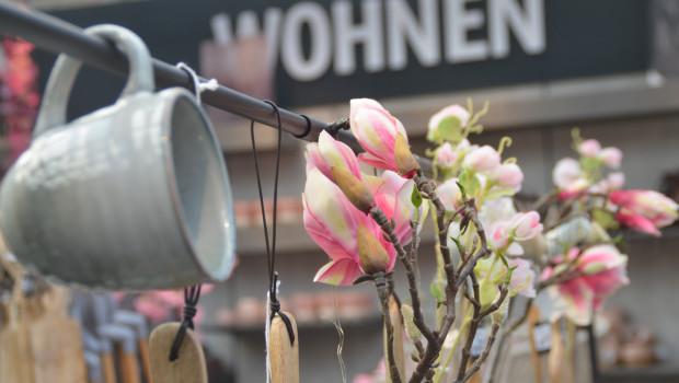 Das Sortiment Wohnen gewinnt in Vertriebskanälen an Bedeutung, die zum Möbelhandel in Konkurrenz stehen - unter anderem auch in Gartencentern.