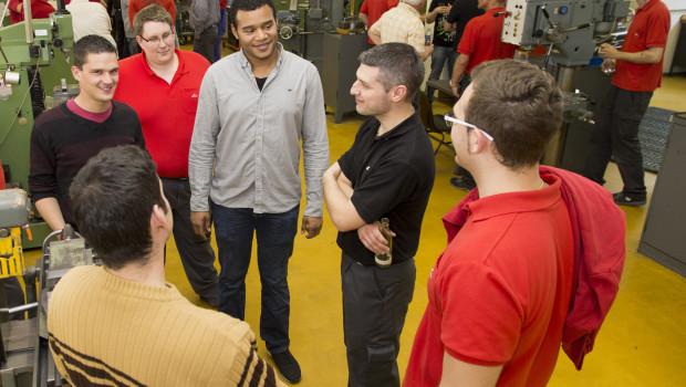 Seit 50 Jahren bildet Roto  junge Menschen zu Industriemechanikern aus.