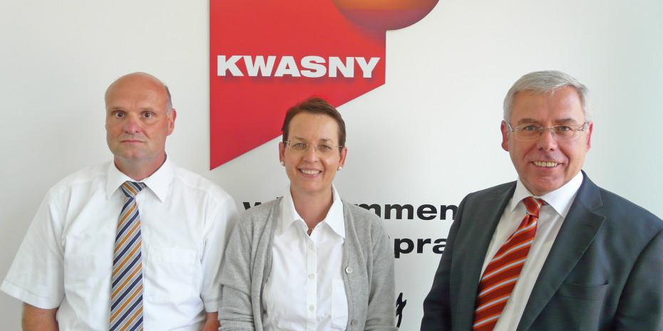Kwasny setzt konsequent auf Nachhaltigkeit (im Bild (v.l.): Michael Fasel, Produktmanager, Kwasny-Geschäftsführerin Sabine Kwasny-Grimminger sowie Vertriebsleiter und Prokurist Hans-Jürgen Förg.