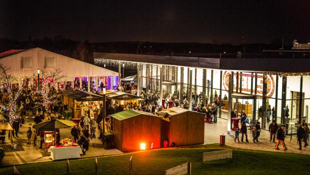 Der Abus Campus mit dem Freizeit- & Creativ Center. Im Bild zu sehen ist der Abus Family Day, ein Tag der offenen Tür speziell für Mitarbeiterinnen und Mitarbeiter und deren Angehörige.