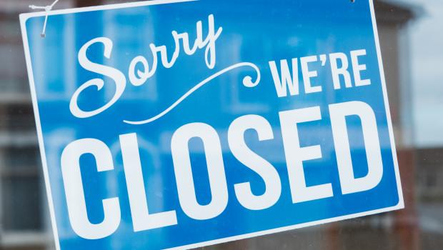Auch wenn manche stationären Händler weiterhin oder wieder öffnen dürfen, ein großer Teil der Geschäfte vor Ort muss immer noch geschlossen bleiben.