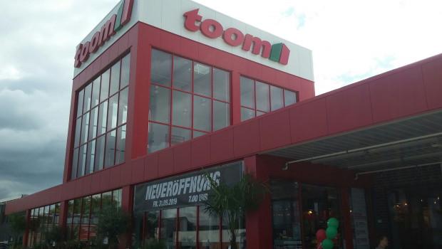 Die Fassade des neuen Toom-Marktes in Stade.