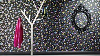 Wand und Boden: Luxus, Bytes und Liebe