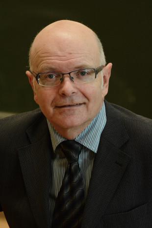 Prof. Karlheinz Ruckriegel