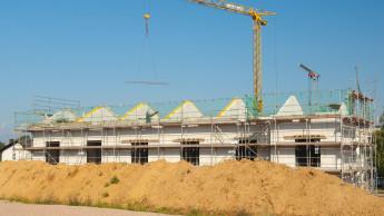Zahl genehmigter Wohnungen weiter auf hohem Niveau