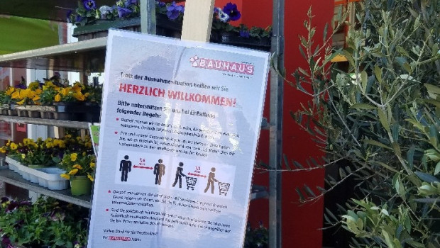 In den deutschen Bundesländern sind ab heute die Vorschriften zum Besuch von Bau- und Gartenmärkten gelockert; in der Hälfte öffnen die Märkte sogar komplett.
