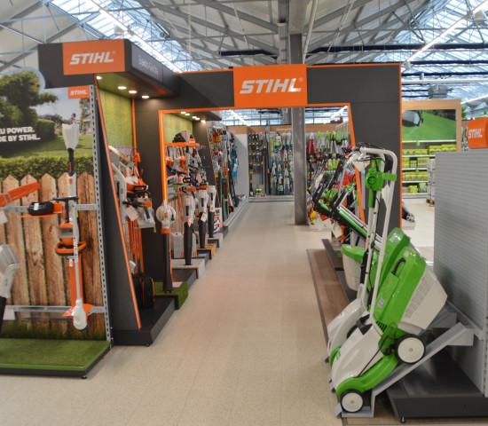 In Waiblingen, dem Sitz von Stihl, hat Dehner den größten Stihl-Shop der Gartencenterkette eingerichtet.
