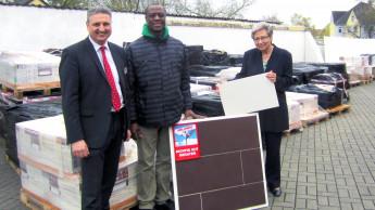 Hellweg spendet Material für ein Krankenhaus in Ghana