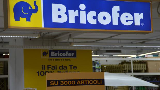 Die italienische Bricofer-Gruppe geht Pressemeldungen zufolge erstmals ins Ausland und übernimmt die Bricorama-Märkte in Spanien.