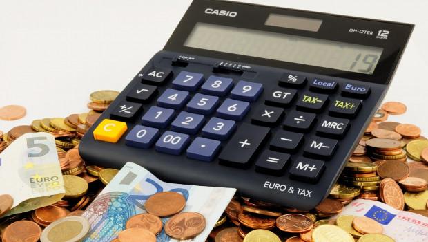 Der Handelsverband Deutschland (HDE) spricht sich dafür aus, die Mehrwertsteuersenkung über das Ende des Jahres 2020 hinaus zu verlängern.