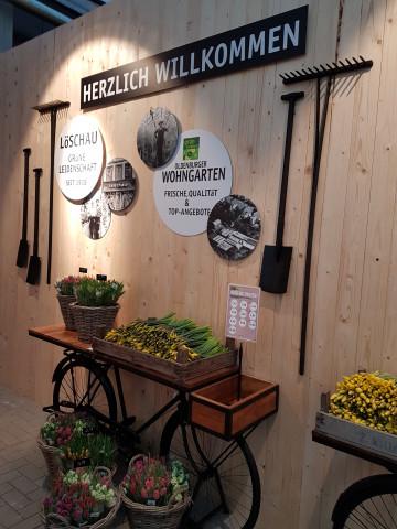 """So werden die Kunden im """"Oldenburger Wohngarten begrüßt."""