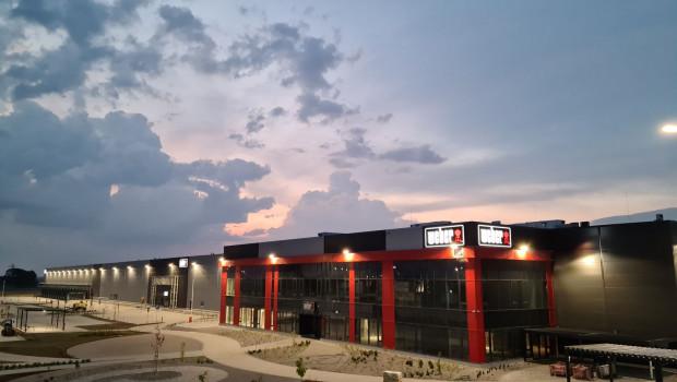 Im Oktober 2021 beginnt Weber mit der Produktion von Grills im polnischen Zarbze.