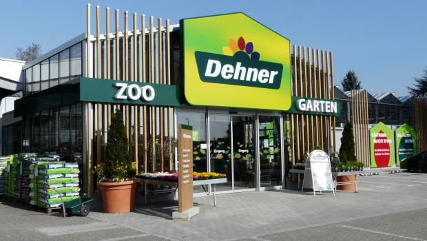 Sieht so ein Dehner aus? Künftig gibt's mehr Holz innen und außen: Der wiedereröffnete Markt in Frankfurt.