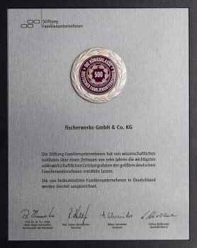 Auszeichnung für Fischer: Die Unternehmensgruppe gehört zu den Top 500 Familienunternehmen.